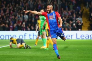 LONDON, ENGLAND - APRIL 10:  Andros Townsend of Crystal Palace celebrates as he scores their first goal during the Premier League match between Crystal Palace and Arsenal at Selhurst Park on April 10, 2017 in London, England.  (Photo by Clive Rose/Getty Images)